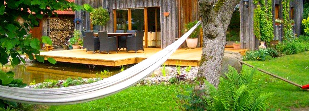 Garten mit Hängematte geplant von GartenBaur